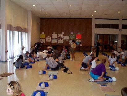 Photo of a large CPR class