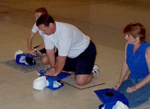 Photo of a class doing CPR